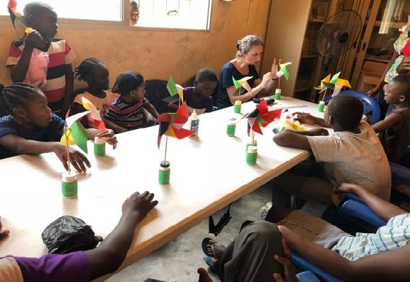 Making craft with kids who completed all bible memory work